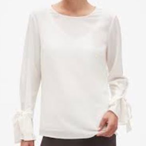 🆕 BANANA REPUBLIC | Blouse with Bow Tie Cuffs